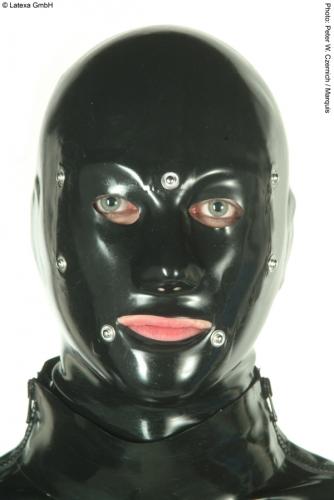 rubberzone24 anatomische latex systemmaske f r m nner. Black Bedroom Furniture Sets. Home Design Ideas